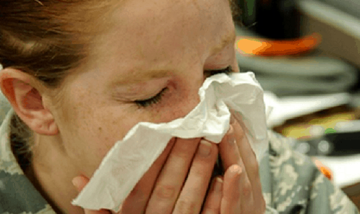 Tissue sneeze